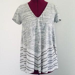 Anthropologie Puella Short Sleeve V Neck T Shirt